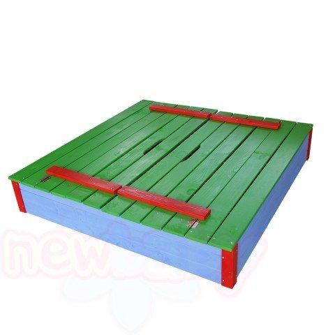 Детски пясъчник с пейки и капак цветен Ita